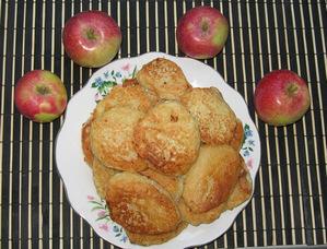 Оладьи из кабачков и яблок