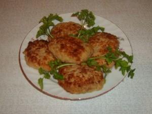 Оладьи из кабачков с колбасой
