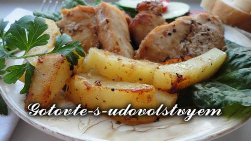 Картошка по-селянски в духовке с мясом