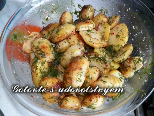 Картошка по-селянски, 7 разнообразных рецептов