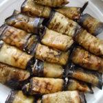 Рулетики из баклажанов с сыром и чесноком - великолепная закуска для праздничного стола