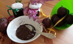 Шоколадное варенье из сливы