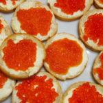 Бутерброды с икрой, 10 разнообразных рецептов