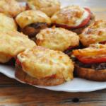 Горячие бутерброды в духовке, 14 рецептов
