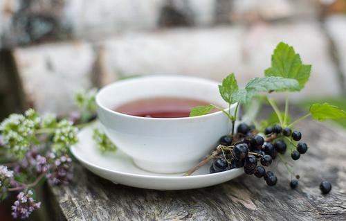 чай со смородиной